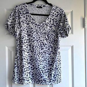 Never Been Worn Amazon Brand Leopard Print Tshirt